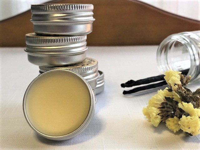 DIY Easy Lip Balm Recipe with Beeswax
